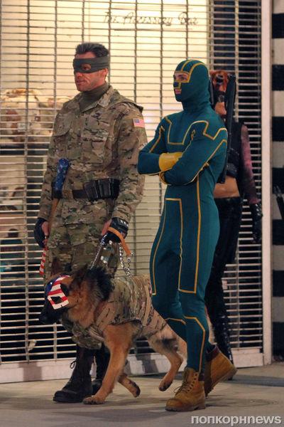 Джим Керри на съемках фильма «Пипец 2»