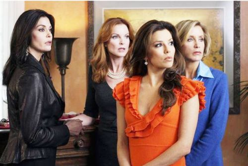 Актрисы «Отчаянных домохозяек» встали на защиту своего продюсера