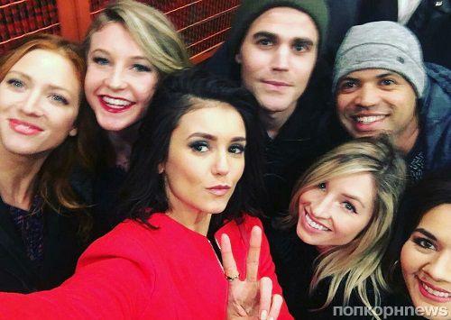 Фото: звезды «Дневников вампира» отпраздновали завершение съемок сериала