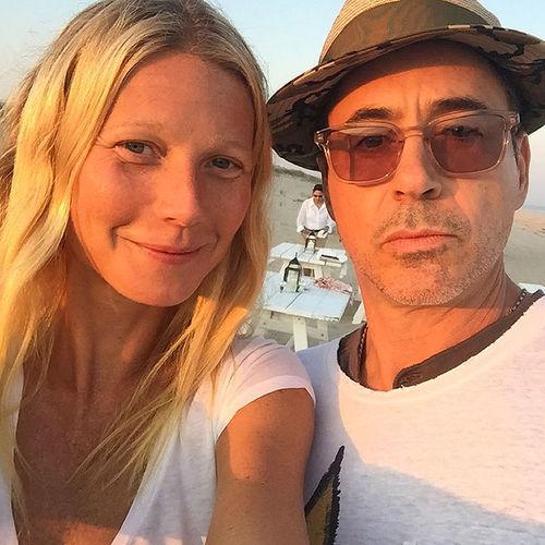 Роберт Дауни-младший и Гвинет Пэлтроу похвастались «пляжным» селфи