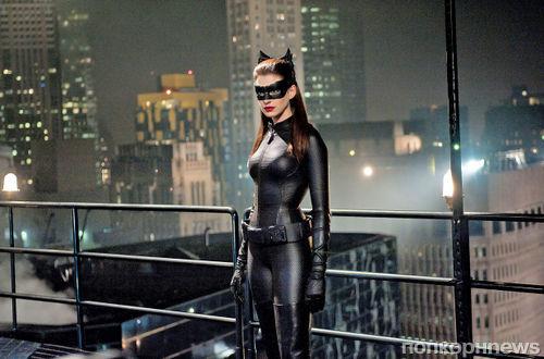 Энн Хэтэуэй хочет снова примерить костюм Женщины-кошки