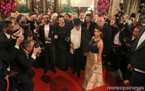 Ким Кардашян не понравилось на Оперном балу
