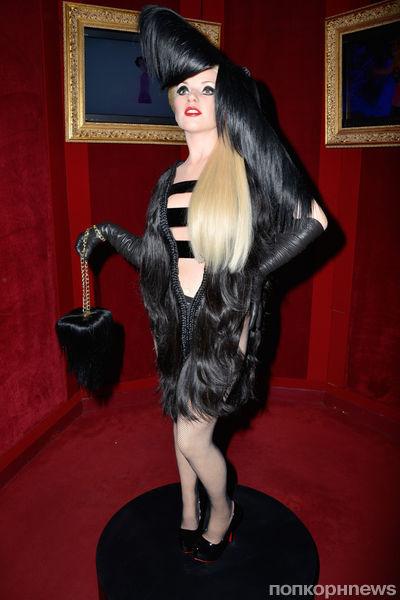 Восковая Lady GaGa представлена в Париже