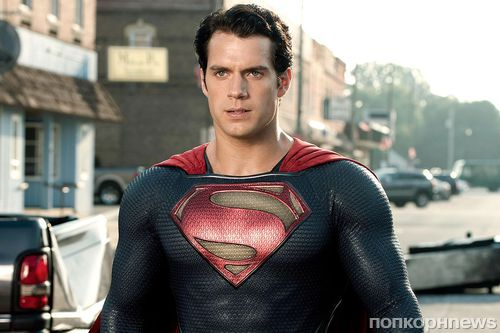 Генри Кавилл прокомментировал «усы Супермена» в провальной «Лиге справедливости»