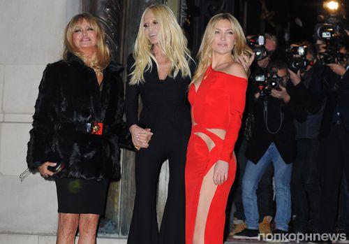 Модный показ новой коллекции Versace Haute Couture. Весна / лето 2015