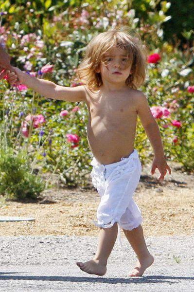 Леви МакКонохи: нет рубашки, нет обуви, нет проблем?