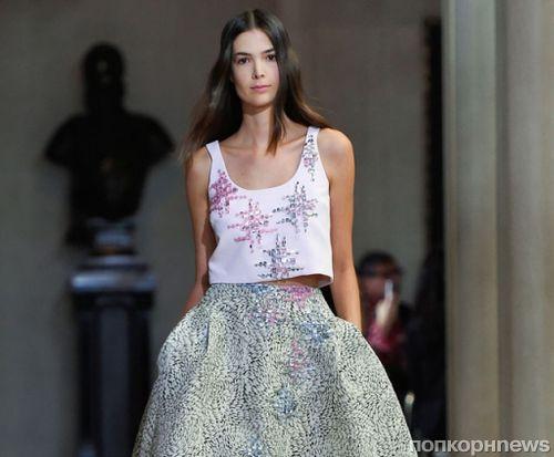 Модный показ новой коллекции Carolina Herrera. Весна / лето 2016
