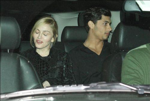 Мадонна и Иисус снова вместе?