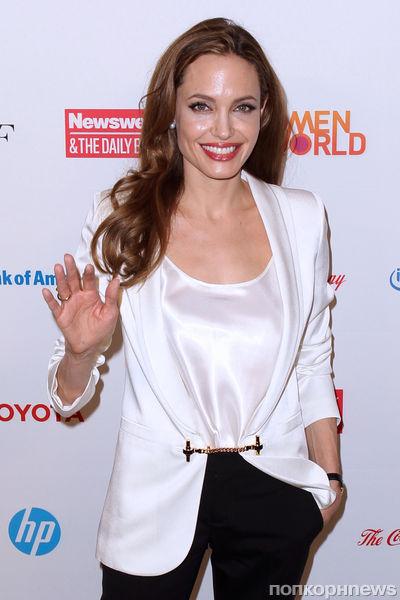 Анджелина Джоли хочет быть другом своим детям