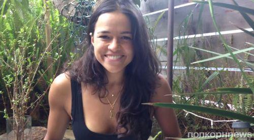 Видео: Мишель Родригес дает совет восьмилетней поклоннице