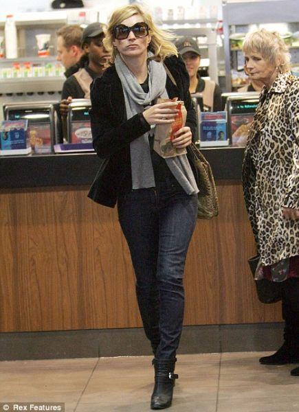 Кейт Мосс обедает в Макдональдсе