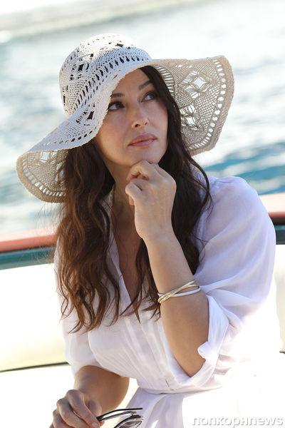 Моника Беллуччи на съемка рекламы Natural Water