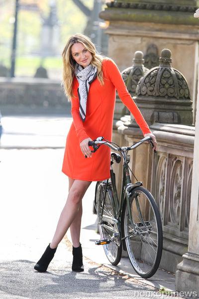 Кэндис Свейнпол на фотосессии Victoria's Secret