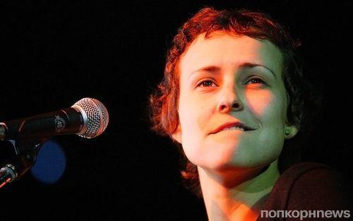 Концерт Юли Чичериной в Москве прервали из-за угрозы теракта