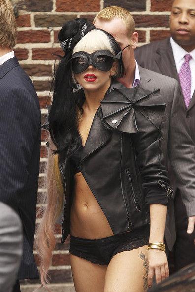 Lady Gaga собирается в будущем сделать пластическую операцию