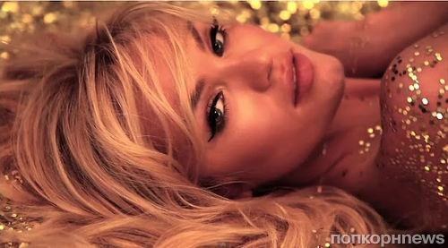 Кэндис Свэйнпоул на съемках рекламной кампании Colcci Jeans