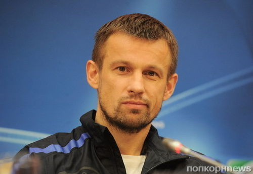 Футболист Сергей Семак с женой удочерили девочку с ограниченными возможностями