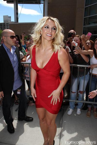 Бритни Спирс хочет привести свое тело в форму до свадьбы