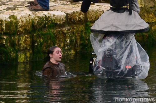 """На съемках 6-го сезона """"Игры престолов"""" Арью Старк погрузили в холодную воду"""