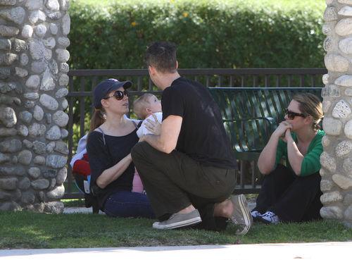 Счастливая семья Эми Адамс