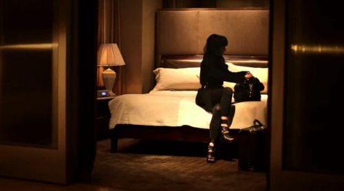 Кристина Риччи в рекламном ролике Donna Karan