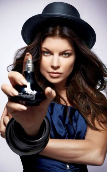 "Ферги в рекламе нового аромата от Avon ""Outspoken"""