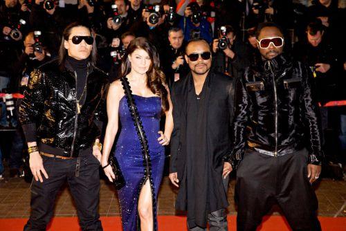Новые проблемы группы Black Eyed Peas