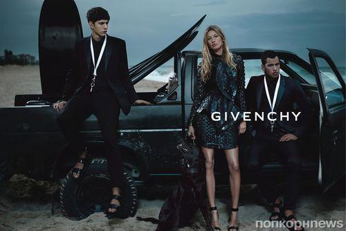 ������ ������ �� ������ ������� � ��������� �������� Givenchy