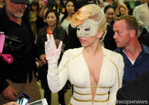 Lady GaGa порвала со своим бойфрендом ради карьеры