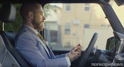 В рекламном ролике Mercedes научили делать селфи