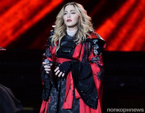 Сын Мадонны оскорбил мать в Instagram