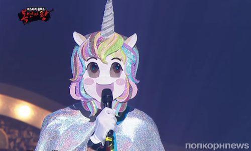 Видео: Райан Рейнольдс спел в маске единорога на корейском музыкальном шоу - и реакция зрителей бесценна