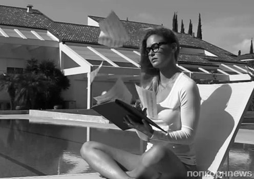 Бар Рафаэли в новом рекламном ролике своей коллекции Under.me