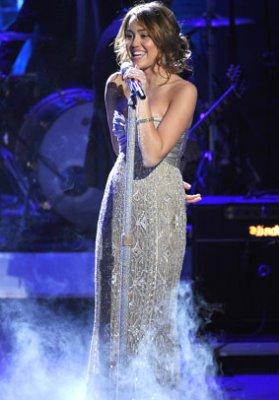 Выступление Майли Сайрус на передаче American Idol