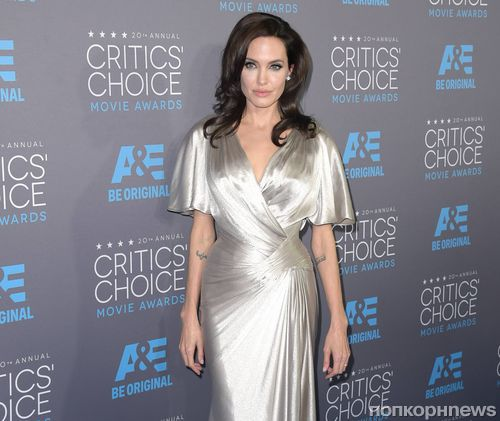 Анджелина Джоли ревнует  мужа к  Сиенне Миллер