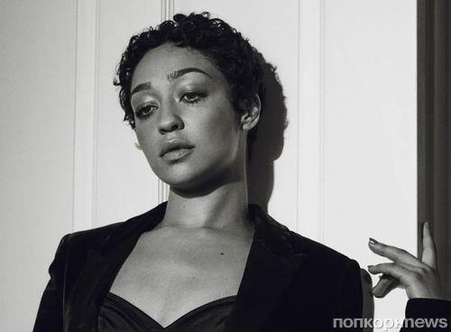 Рут Негга рассказала об изнанке «Оскара» и романе с Домиником Купером в новой фотосессии