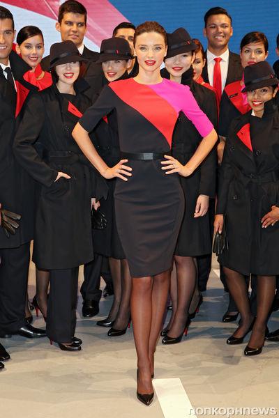 Миранда Керр представила новую униформу для Qantas
