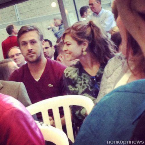 Райан Гослинг поздравил маму с окончанием колледжа