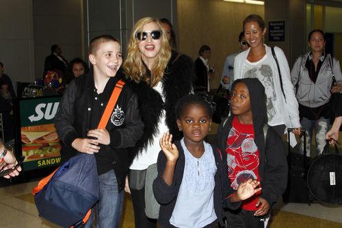Мадонна потратила на семью своего бойфренда 100 000 долларов