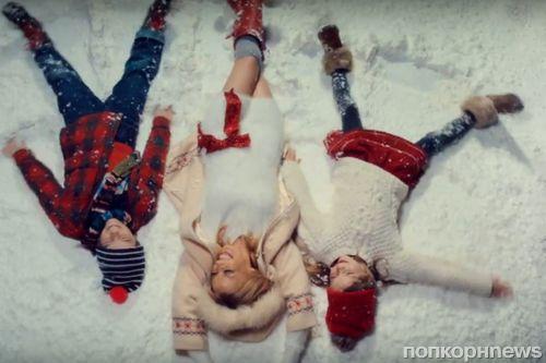 Кайли Миноуг выпустила рождественский клип с участием своего бойфренда