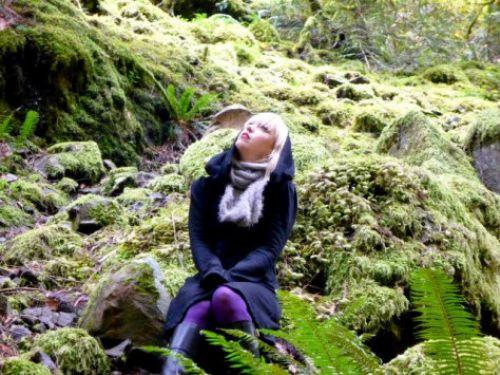 """Музыкальный ролик Anya Marina """"Satellite Heart"""" - саундтрек к фильму """"Новолуние"""""""