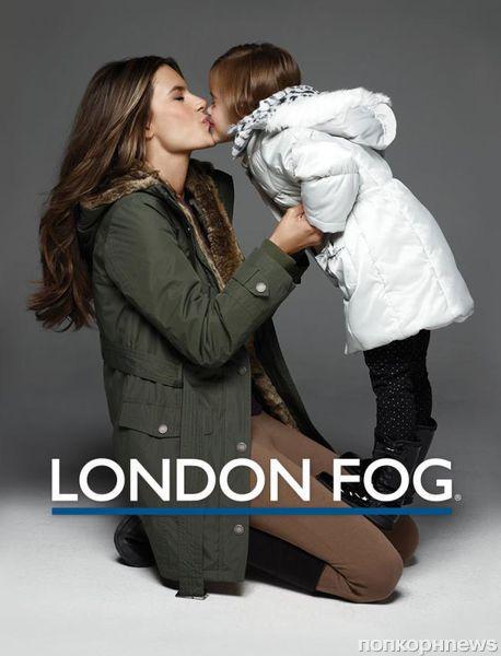 Алессандра Амбросио и ее дочь в зимней рекламной кампании London Fog