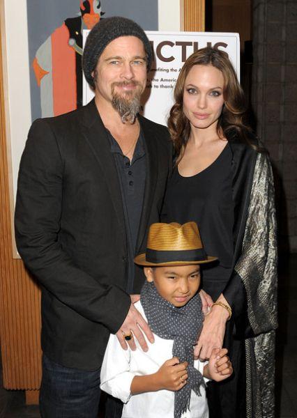Анджелина Джоли и Брэд Питт выводят Мэддокса в свет