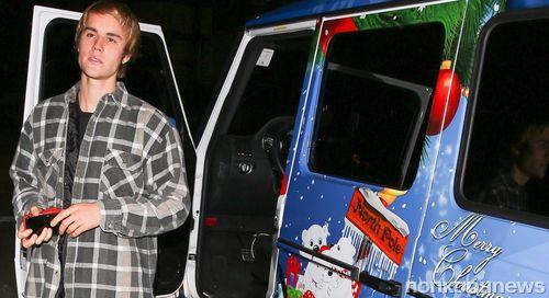 Джастин Бибер нарядил к Рождеству даже машину