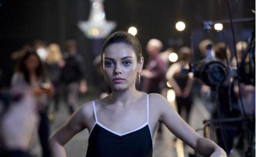 Мила Кунис защищает Натали Портман