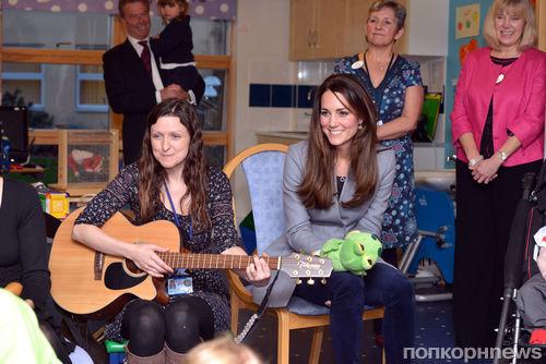 Кейт Миддлтон посетила детскую больницу