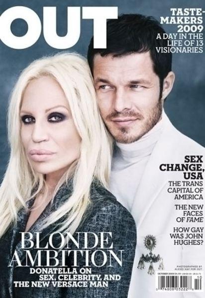Донателла Версаче и Пол Скалфор на обложке журнала Out