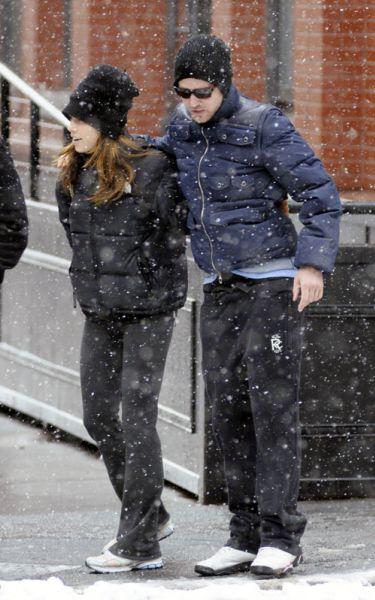 Джастин Тимберлейк и Джессика Бил в заснеженном Нью-Йорке. 16 февраля