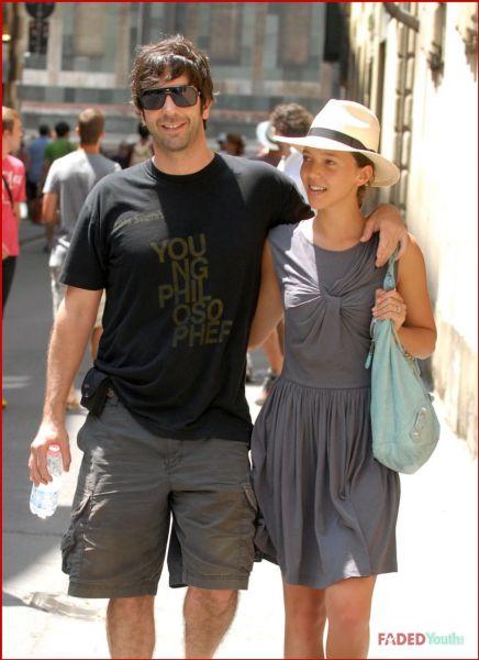 Дэвид Швиммер с невестой на отдыхе в Италии
