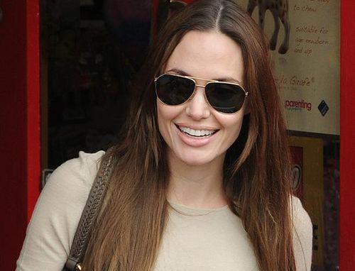 Анджелина Джоли будет меньше сниматься в кино
